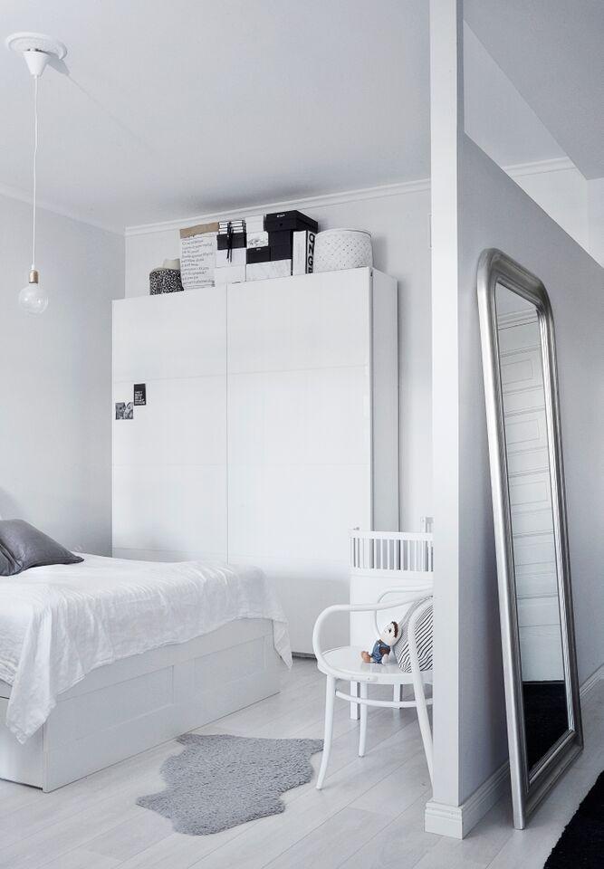 makuuhuone kapea sisustus
