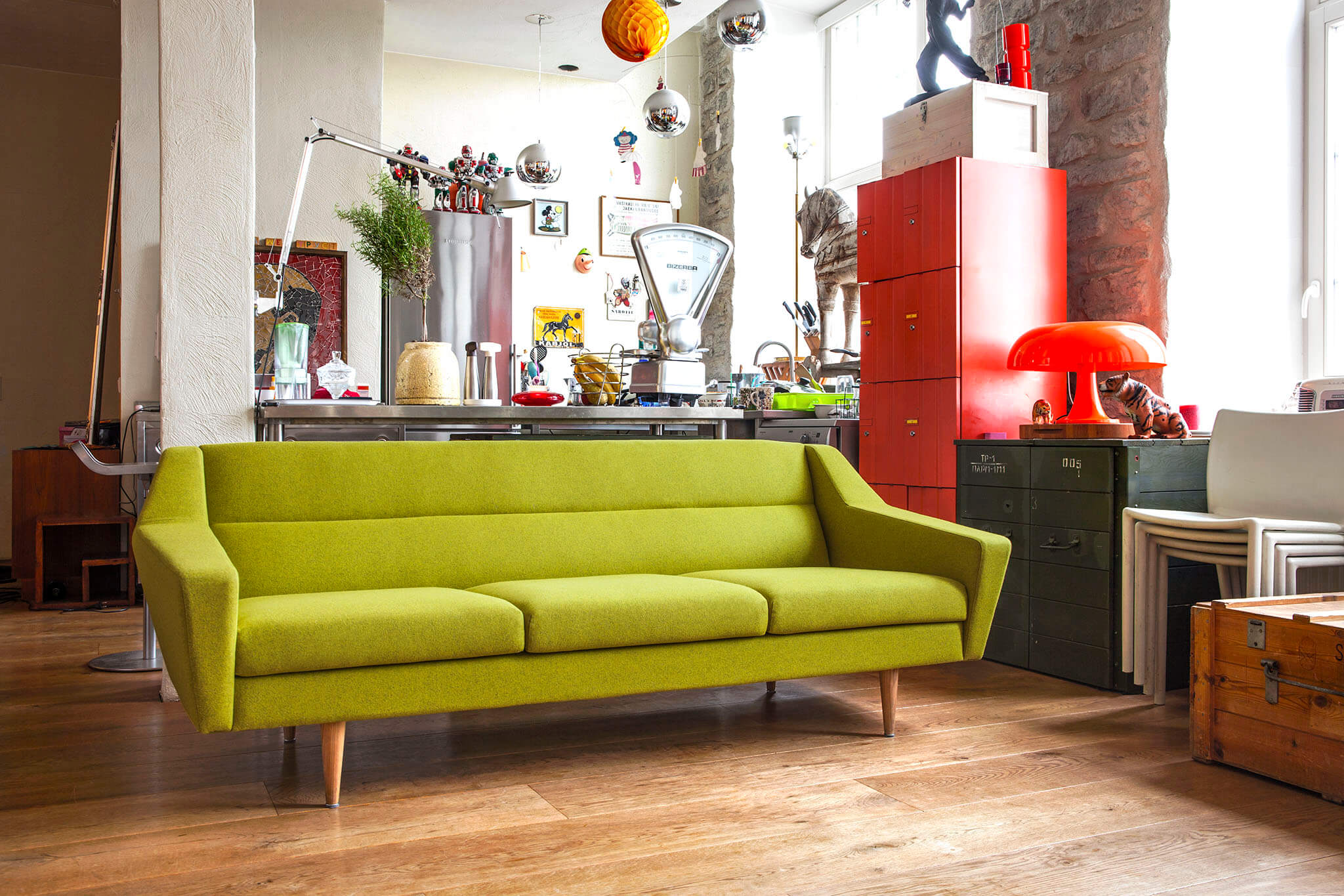 oot-oot_studio_cosmo_sofa_wooly_lime_luther_v